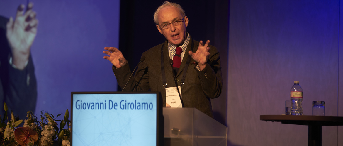 Giovani de Girolamo presents ideas on bipolar disorder